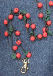 Puolukka avainkoru -  Lingonberry key necklace