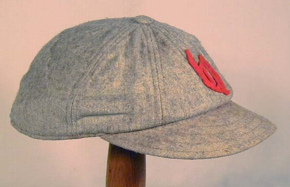 "Spalding ""Boston Style"" short brim baseball cap"