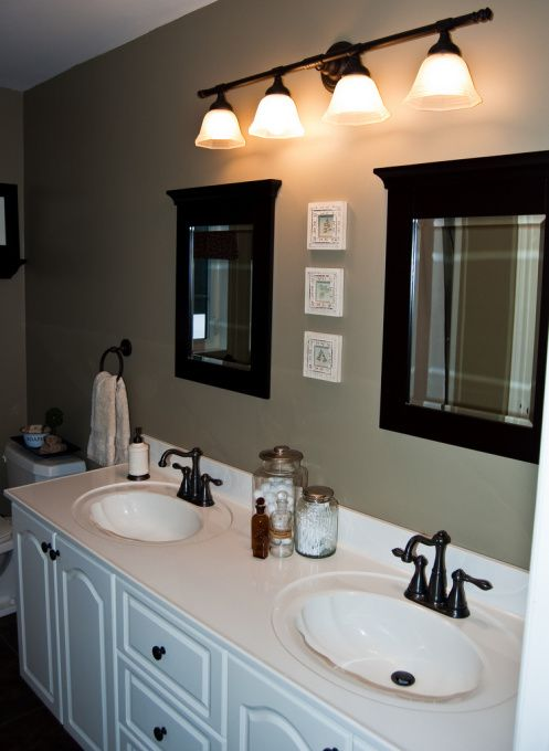 Decorating small spaces on a budget pictures bathroom for Master bathroom on a budget