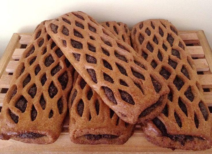 Mákos rétes (paleo)      Mákos rétes Julika módra ✔Paleo ✔Vegán ✔Gluténmentes ✔Tejmentes ✔Tojásmentes ✔Szójamentes ✔Szénhidrát-csökkentett ✔Élelmi rostban gazdag Tészta hozzávalói:   115 g Szafi Fitt nyújtható édes lisztkeverék (nyújtható paleo- vegán liszt ITT kapható!) 25 g Sz