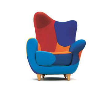 Injected flame-retardant foam over internal steel frame. Feet, screwed to the frame, in natural beech or black. Alessandra is available in felt or leather in two color or multicoloured established ver…