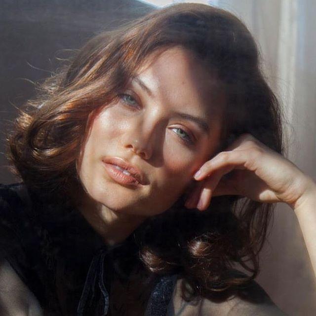 Dayna Frazer #look #makeup #lifestyle #portrait #fashion #style #face #lips #hairstyle #глаза #губы #макияж #amazing