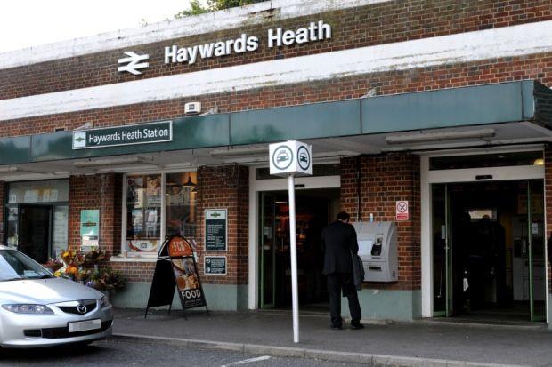 Haywards Heath Railway Station (HHE) in Haywards Heath, West Sussex