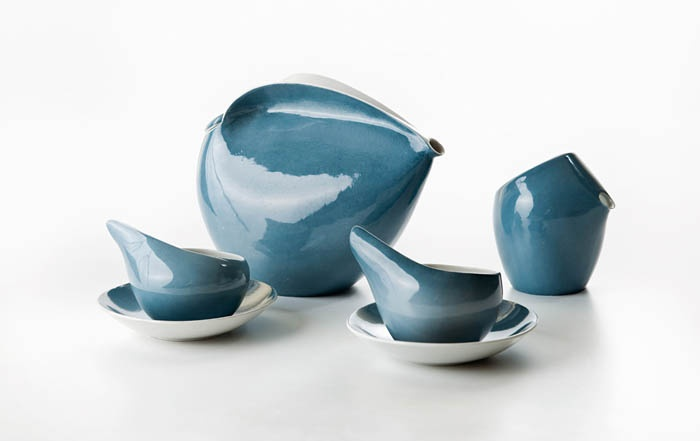 "Lubomir Tomaszewski, ""Dorota"" coffee set, produced by the Ćmielów Porcelain Tableware Factory, 1961, collections of the National Museum in Warsaw http://www.culture.pl/web/english/music-full-page/-/eo_event_asset_publisher/Ny17/content/lubomir-tomaszewski-sculpted-forms-in-ceramics-image-gallery"
