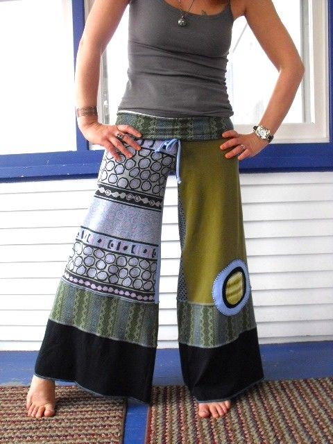 upcycled T gaucho PANTS, wide leg, yoga fit, green abstract, size Sm/Med