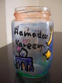 Ramadan Lantern /mason jar and puffy paint...awesome!