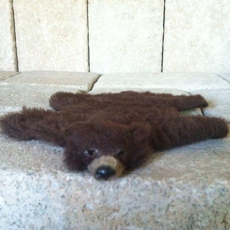 Best 25+ Bear Skin Rug Ideas On Pinterest