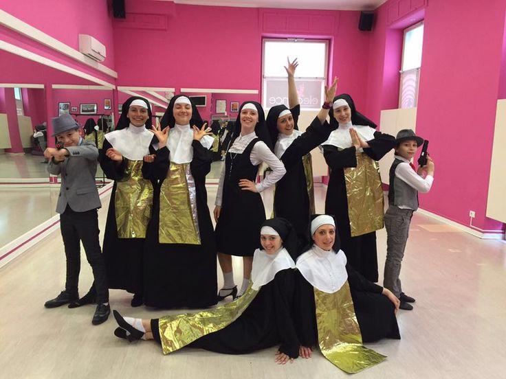 """Trieste, """"Una suora sbullonata"""", spettacolo di fine anno. #danonperdere # sisteract #musical"""