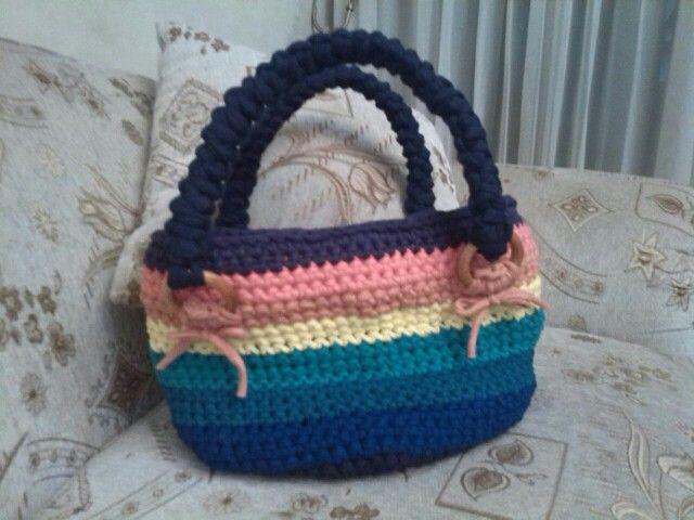 Bolso arco iris en trapillo