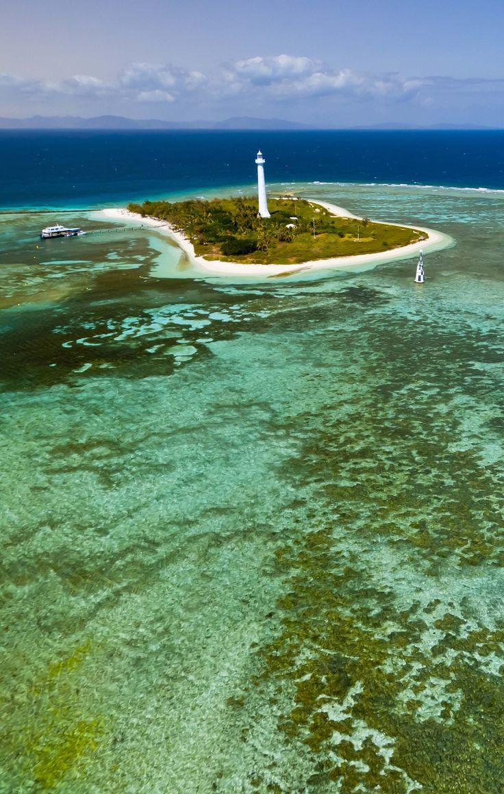 Neukaledonien: Weltgrößter Meerespark im Südpazifik eröffnet – er ist 3x so groß wie Deutschland (Foto: Getty) http://www.travelbook.de/welt/Schoener-als-das-Great-Barrier-Reef-Neuer-Meeres-Nationalpark-ist-dreimal-so-gross-wie-Deutschland-304205.html