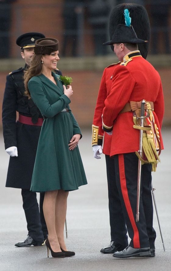 "Oh. Oh Kate. I love you so freaking much. I love the color of your coat-dress (I love that you're bringing back the coat-dress!) and those darling Emmy shoes and Locke & Co ""Betty Boop"" hat."