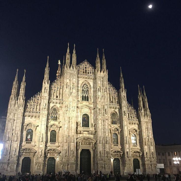 #duomo #catedral #milan #milano #italy #travel #beautiful #building