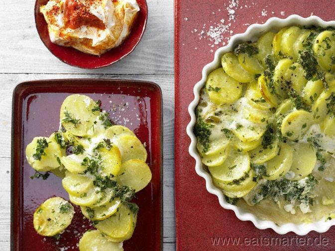 Kräuter-Kartoffel-Tarte mit Buttermilchquark - smarter - Kalorien: 229 Kcal | Zeit: 35 min.