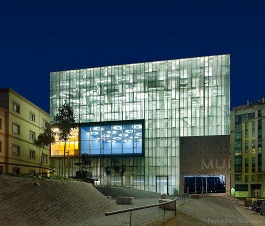 Project:Centro de las Artes de la Diputación de la Coruña Museo y Conservatorio Architects: Danza / Ángel Alonso y Victoria Acebo Material:SECRILAM IMPRESO www.secrisa.es