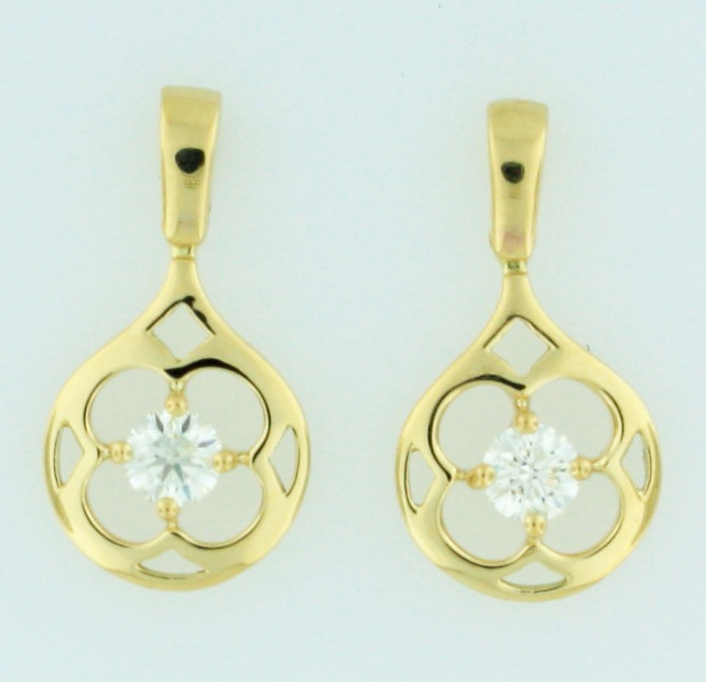 0.80ctw Hearts on Fire Diamond Copley 18K Yellow Gold Large Circle Earrings