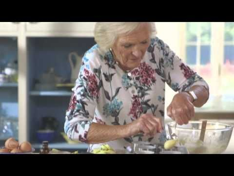 Mary Berry's Mini Apple & Almond Cakes (The Countryside) - YouTube