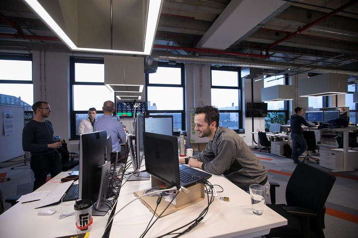 Study Standing desks could be harmful to your productivity  and your health - Chicago Tribune #757LiveUS