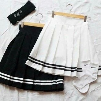 skirt white black grunge pale tennis skirt pale grunge tumblr dark cool girl pleated skirt soft grunge sportswear black and white stripes girly old school swag hipster love white skirt clothes black skirt high waisted cotton cute outfit fashion nike socks back to school school uniform school outfit knee high socks pleated sailor style skirt