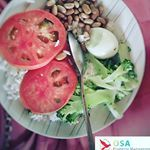 Typical Costa Rica meal is #healthyfood #costarica #eggs #tomatoes #healthylifestyle