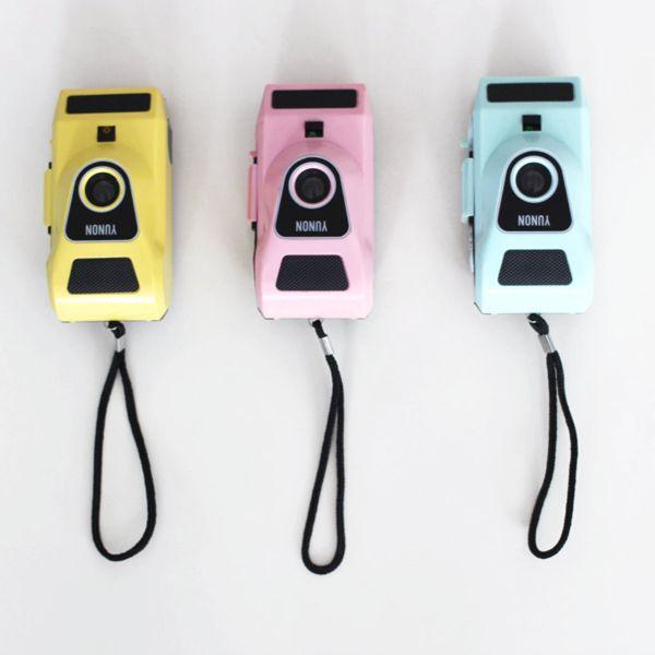 Vintage treat: 18 vintage cameras and decor ideas - Mollie Makes