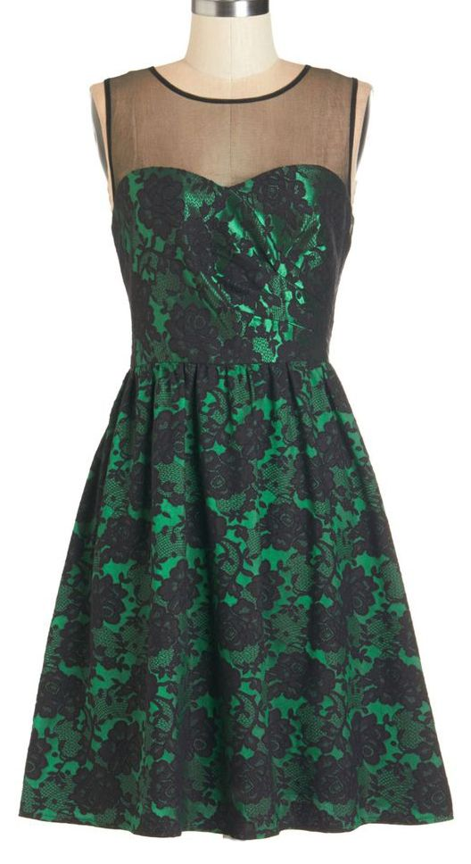 Emerald lace party dress