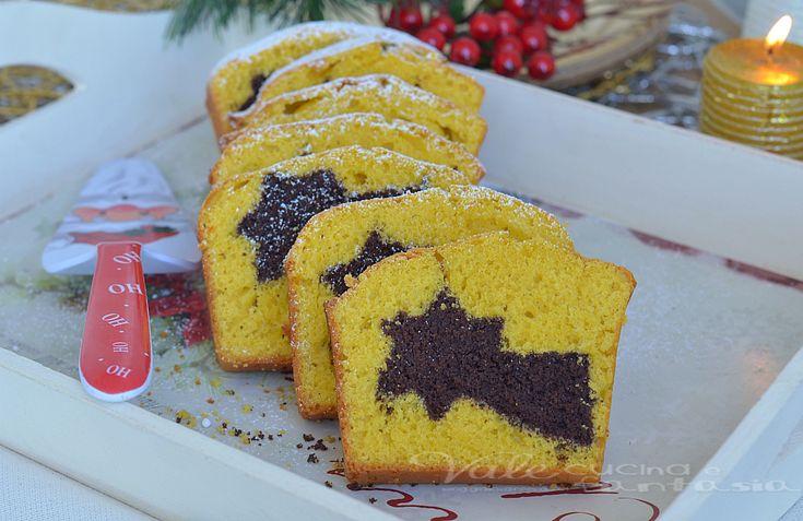 Plumcake alle carote con sorpresa di Natale, un'idea carina da portare a tavola come dolce di Natale, stupite i vostri cari con la sorpresa all'interno