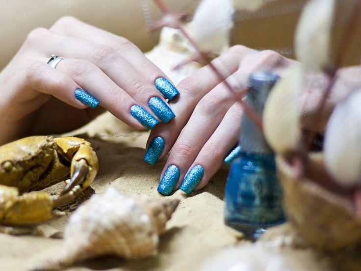 "I hate to paint my nails: China Glaze ""Sea Goddess Collection"" #81704 ""Seahorsin' Around"""