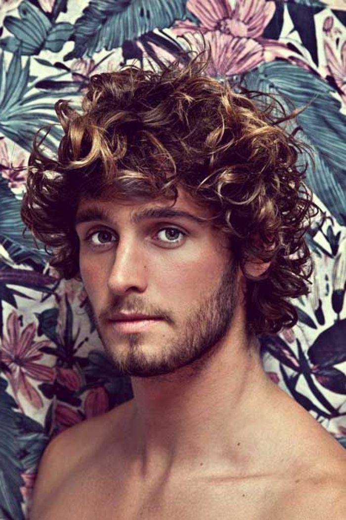 17 best ideas about cheveux boucl s homme on pinterest. Black Bedroom Furniture Sets. Home Design Ideas