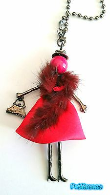 Sautoir-Collier-Poupee-Articulee-Femme-et-Chaine-Metal-Mode-Fantaisie