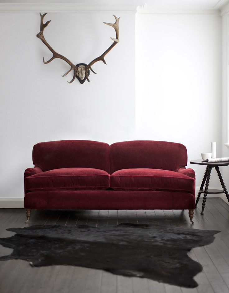 Howard sofa covered in Casaleone mohair velvet - carmine. Classical design with a modern twist.