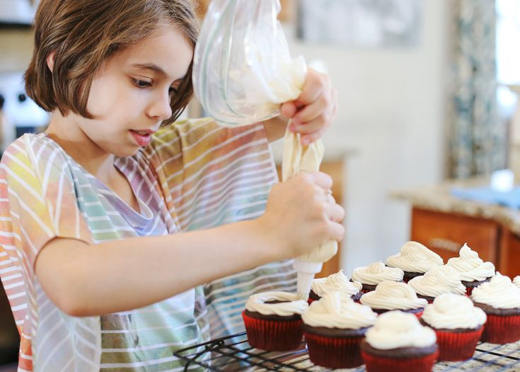 """Audra Tow, who was 10 during the filming of Food Network's """"Kids Baking Championship,"""" has been baking practically her whole life."""
