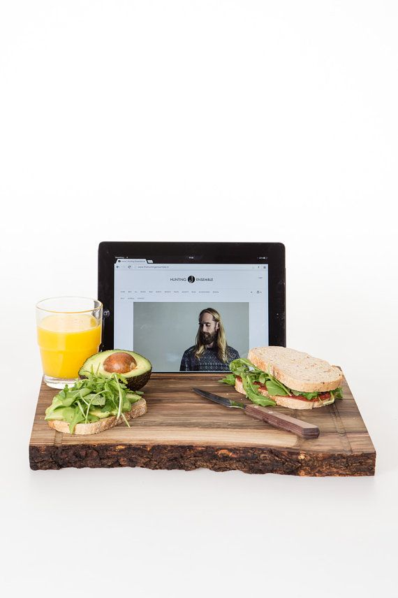 This cutting board doubles as an iPad stand: perfect for the web-savvy home cook.