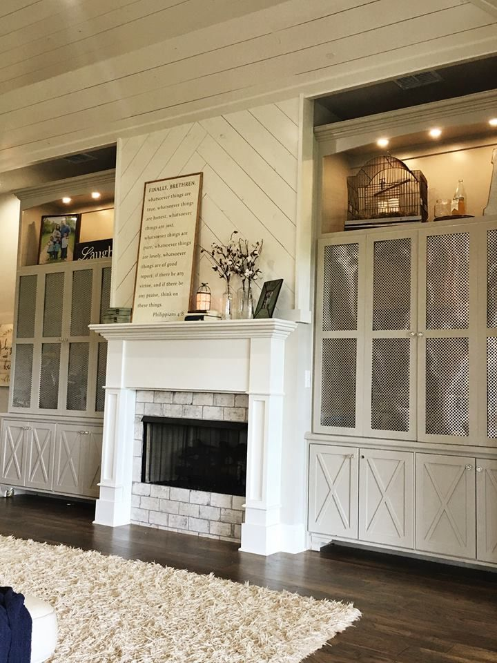Living room fireplace shiplap built ins mantle modern for Modern farmhouse fireplace