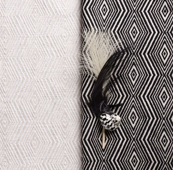 MIX de Saum! #blackorwhite #blackandwhite #geometric #ontario #fabrics