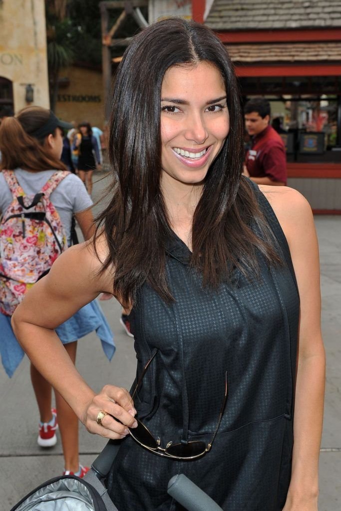 Roselyn Sanchez  Visits Camp Snoopy At Knotts Berry Farm in Buena Park CA Aug-2016 Celebstills R Roselyn Sanchez