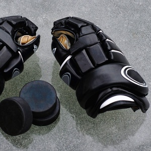 How to Get Smell Out of Hockey Gloves...bet this would work for shine guards too!