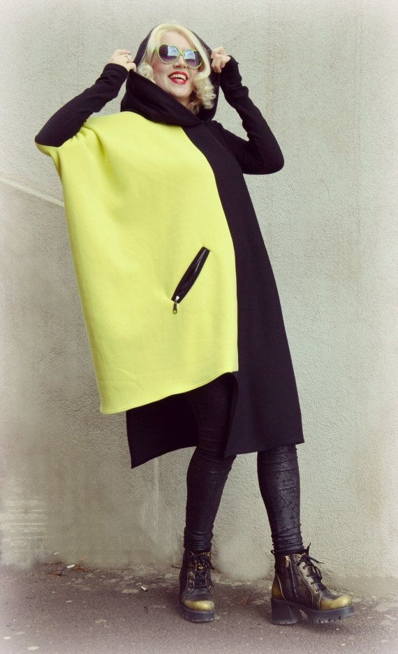 Black and Yellow Sweatshirt / Extravagant Hoodie / Cotton by Teyxo