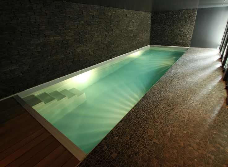 25 best ideas about small indoor pool on pinterest private pool indoor la - Couloir de nage couvert ...