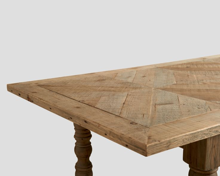 Oltre 25 fantastiche idee su legno vecchio su pinterest - Tavolo legno riciclato ...