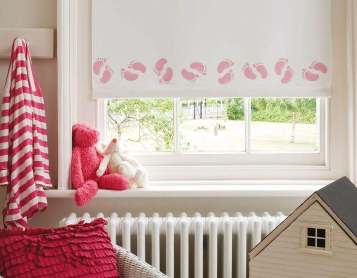 Jalousien oder Fensterrollo im Babyzimmer