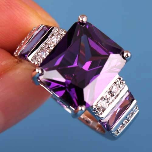 Gorgeous Ring! Find Items you love instantly with great prices in Tophatter.