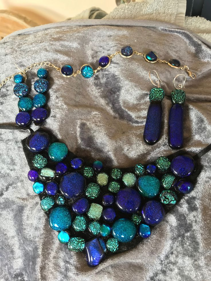 Beautiful complete set of dichroic jewellery. Necklace, 2 sets earrings and bracelet.