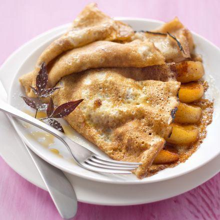 Crêpes flambées aux pommes confites avec Alsa®