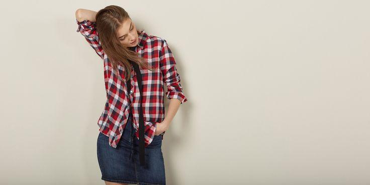 Sfera.com - Camisa cuadros de manga larga. Botonadura simple. 100% algodón.  Mujer,Camisas y blusas 028-058320223512 - http://www.sfera.com/es/mujer/camisas-y-blusas/camisa-cuadros-566563f/23512/