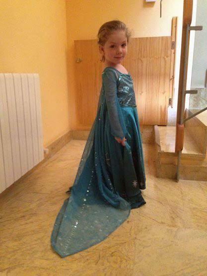 Disfraz de Elsa sencillo (3-10 años) Parte 1: Diseño y patrones - Cosworks