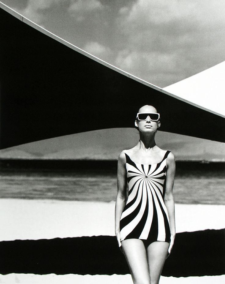 Op art swimsuit vouliagmeni greece 1966 photographer f gundlach model brigitte bauer swimsuit by sinz