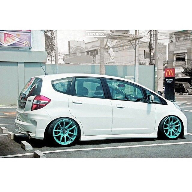 """""""Owner : @bryankurnia #honda #jazz #fit #ge8 #hondagang #hondastance #hondafitment #fitment #slammed #bagged #static #stance #stanceindonesia Tag and hastag #stancesolidarity #stancesolidarity #stancesolidarity"""" Photo taken by @stancesolidarity on Instagram, pinned via the InstaPin iOS App! http://www.instapinapp.com (03/31/2015)"""