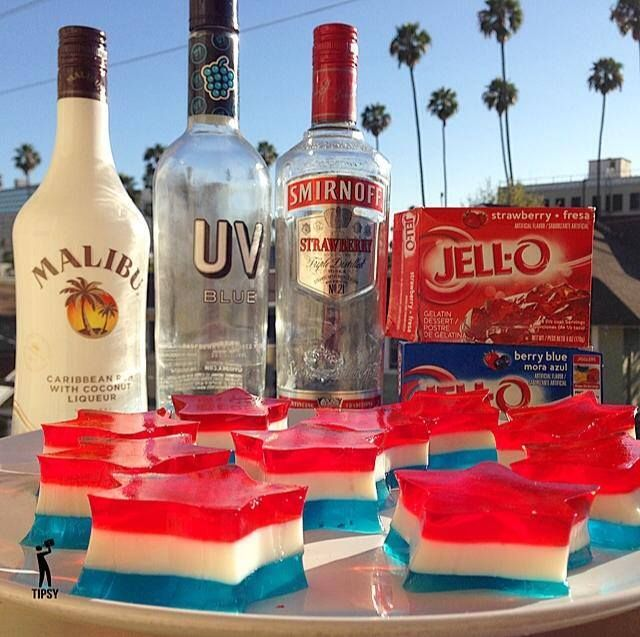 THE 4TH OF JULY JELLO SHOTS - Style Estate - Instructions Here ~ http://blog.styleestate.com/style-estate-blog/the-4th-of-july-jello-shots.html