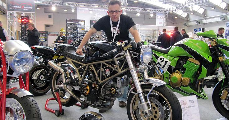 What inspires CafeRacer-Manufacture? This week our trip to Essen germany. #caferacermanufacture at #AMD world customizing championship. #CafeRacer http://caferacer-manufacture.com/pl/galerie/