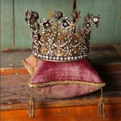 royalty: Little Girls, King Of King, Remember This, Daughters Rooms, Truths, Princesses Crowns, Gods Is, Pictures Quotes, Girls Rooms